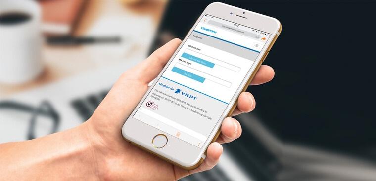 Cách nhanh nhất để đăng ký thông tin là đến điểm giao dịch